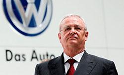 Martin Winterkorn, quien fue CEO de Volkswagen desde 2007, fue reemplazado por Matthias Mueller, jefe de Porsche, filial de VW. / Reuters